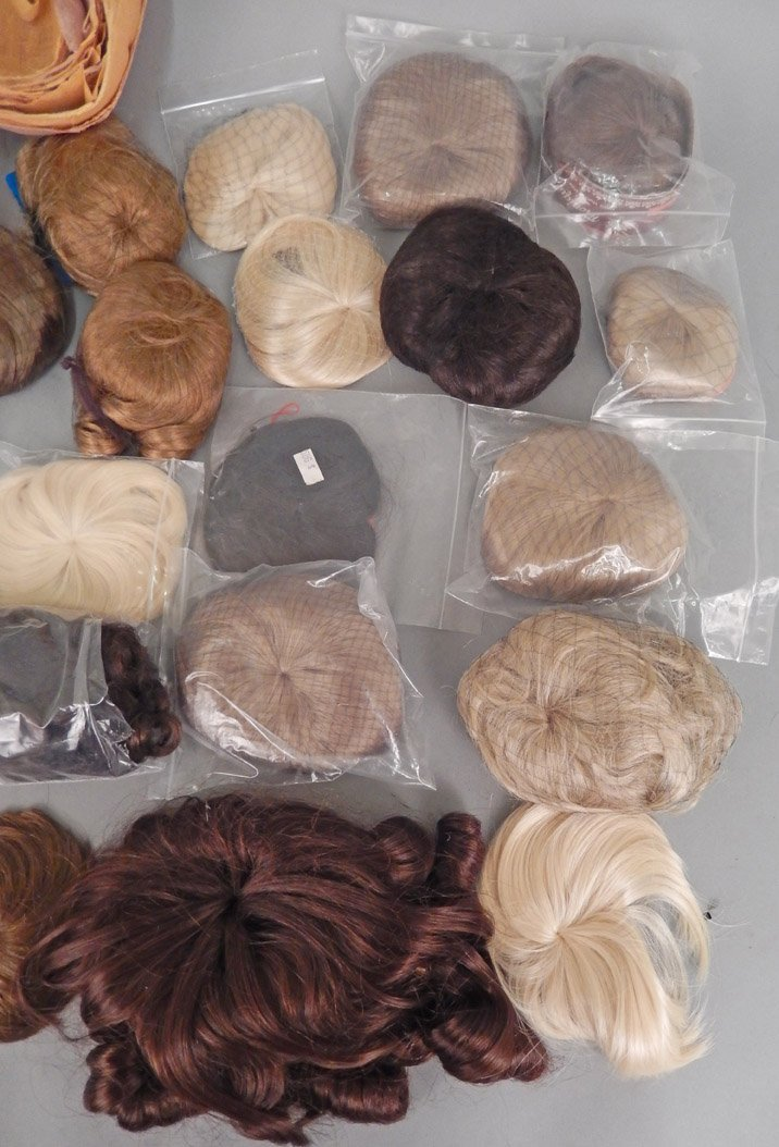 Collection of doll wigs, most new in packaging - 2