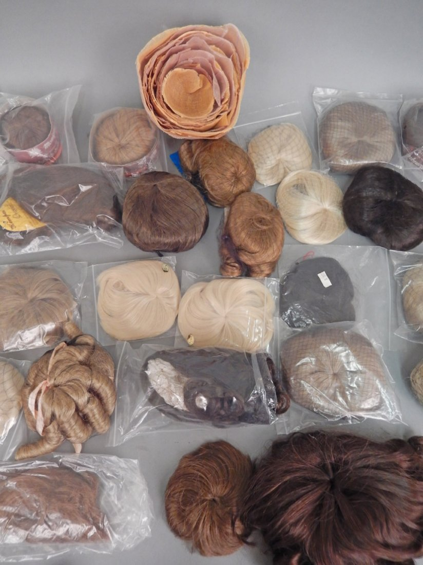 Collection of doll wigs, most new in packaging - 3
