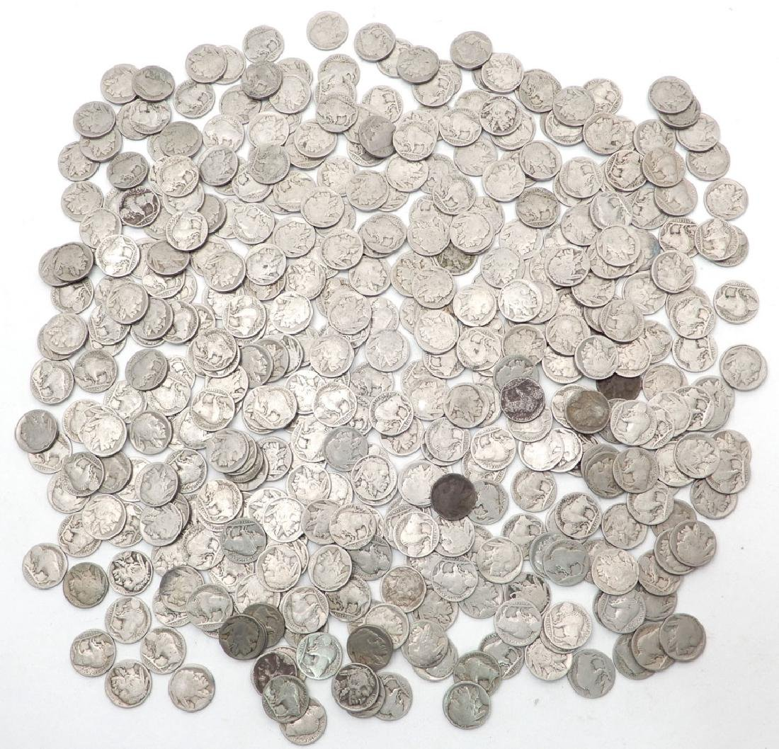 Four hundred mixed date Buffalo nickels