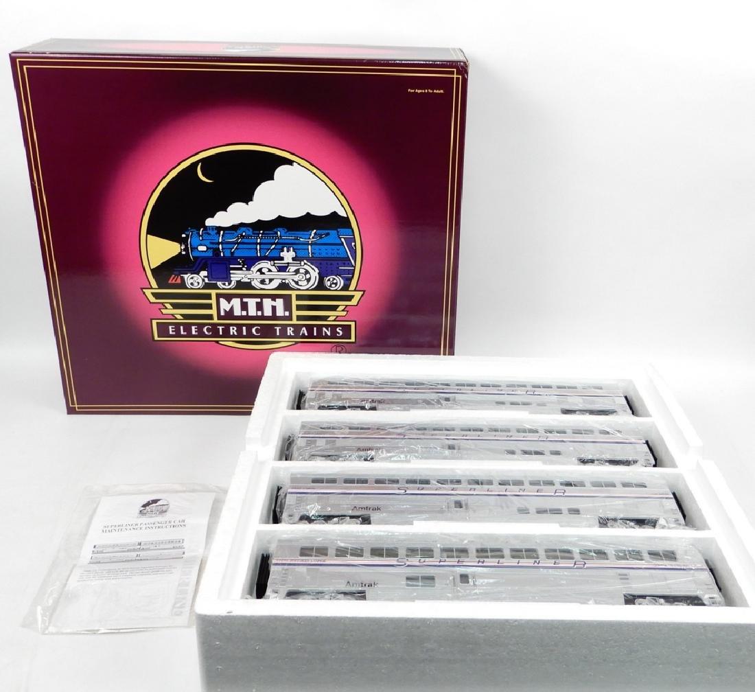 MTH Superliner 4-car set No. 20-6537 in original box