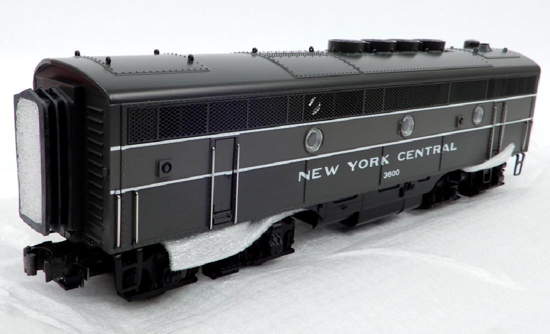 MTH NYC F-3 B-Unit Non Powered Diesel in original box - 3
