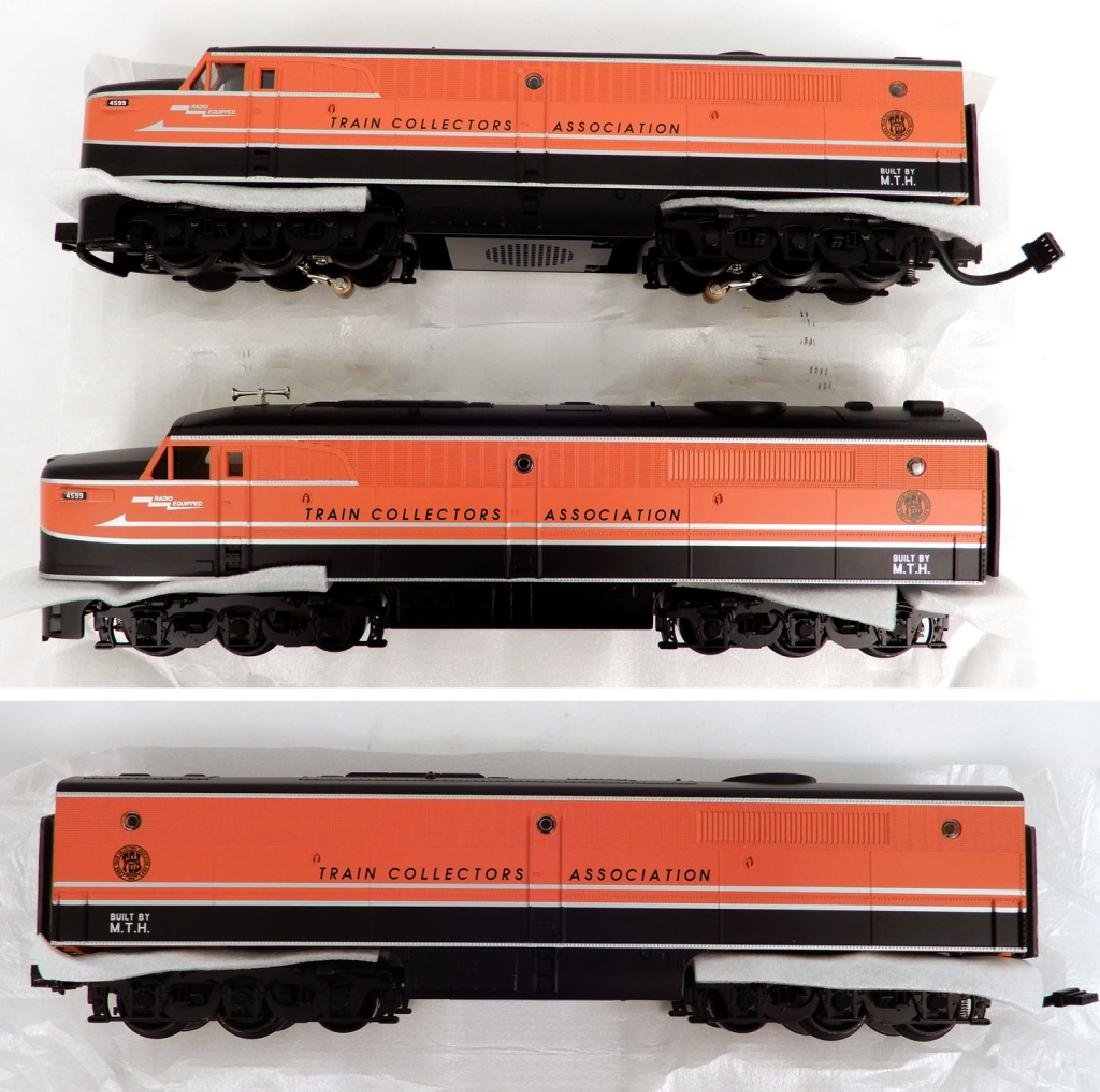 Rail King Alco PA Diesel AA set and B Unit in original