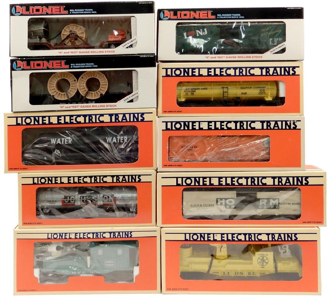 Ten Lionel Freight cars in original boxes