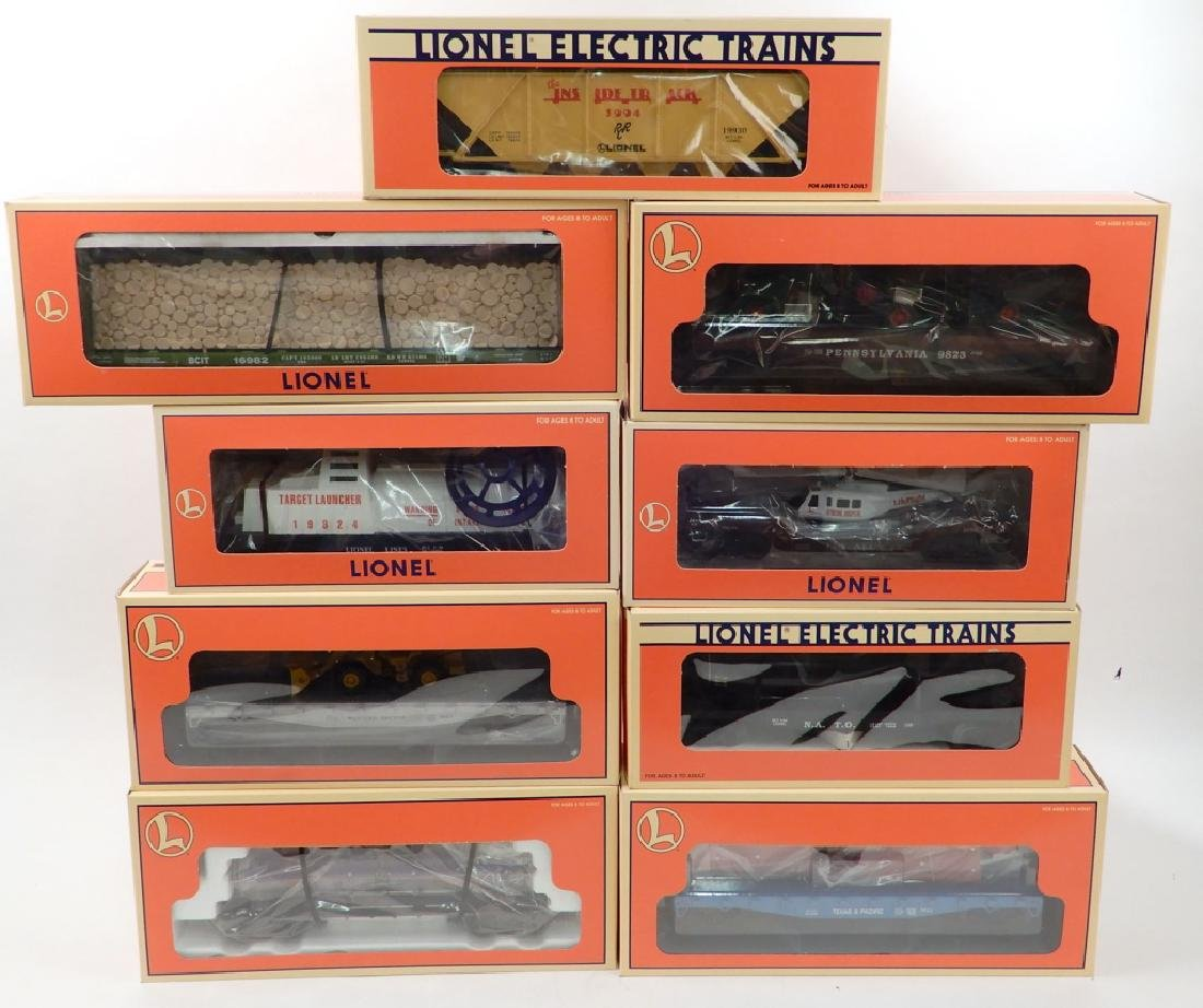 Nine Lionel freight cars in original boxes