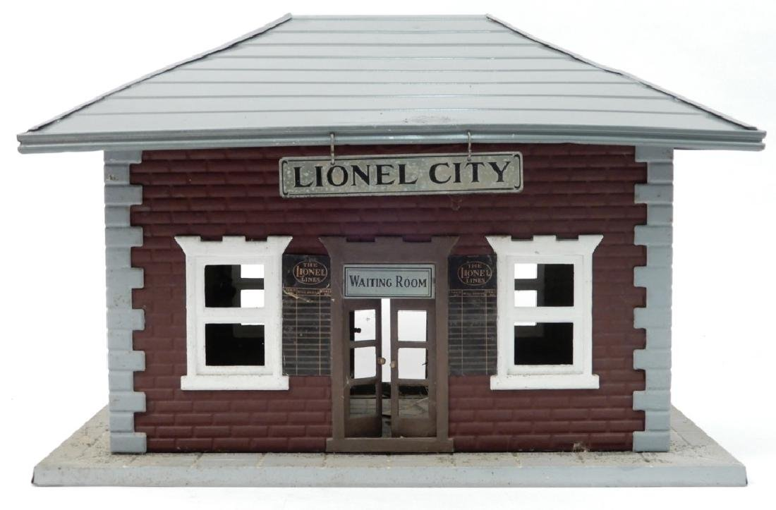 Lionel prewar Lionel City 124 Station