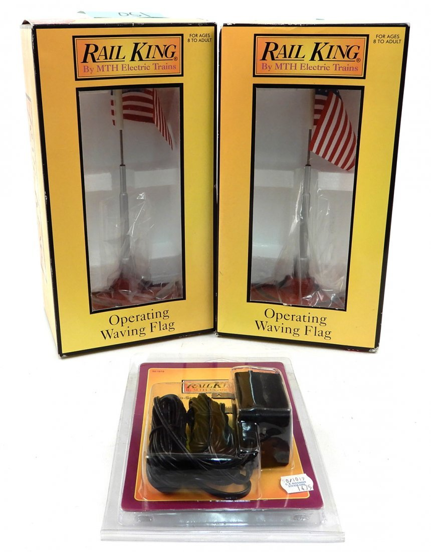 Two Rail King American Waving Flags and Proto Sound
