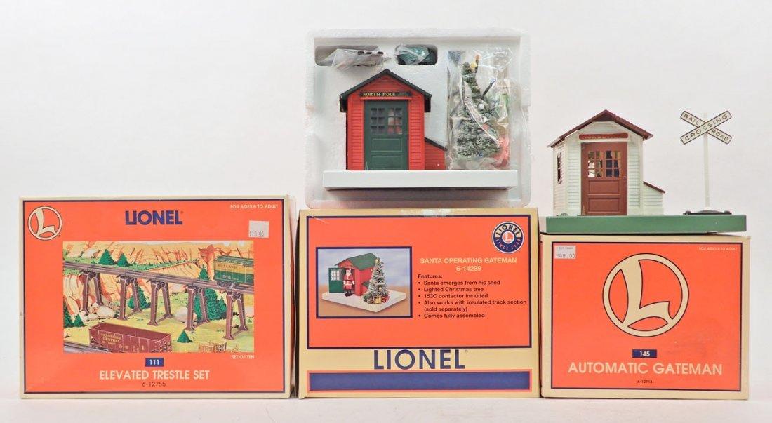 Three boxed Lionel accessories
