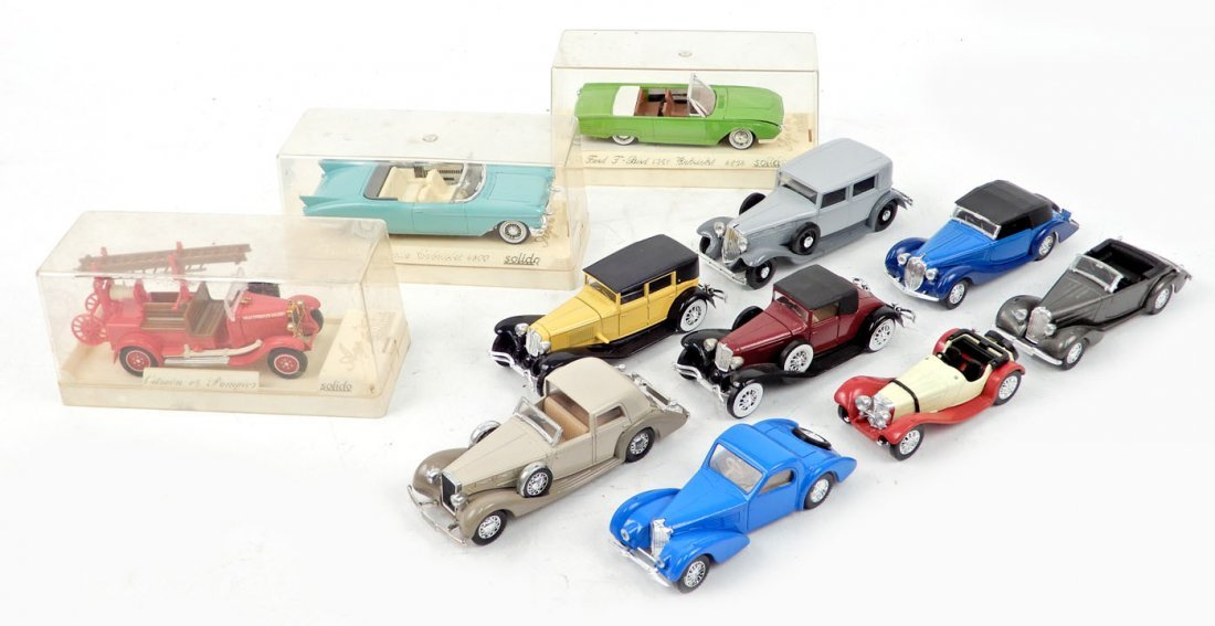 Eleven Solido scale model cars, Made in France