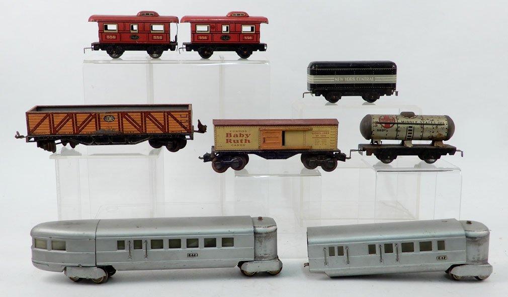 Grouping of prewar passenger and freight cars, O gauge,