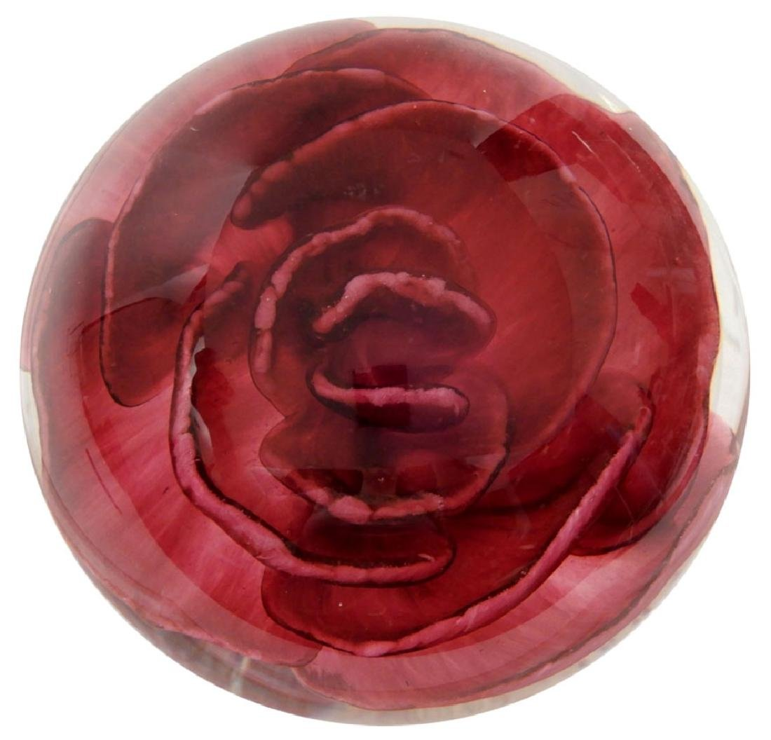 "Selkirk art glass paperweight ""Rose"""