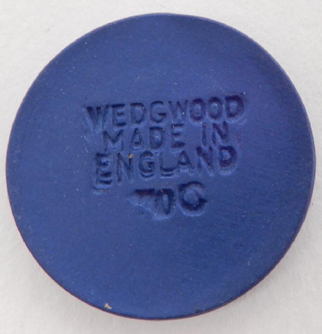 Grouping of Wedgwood jasperware buttons - 4