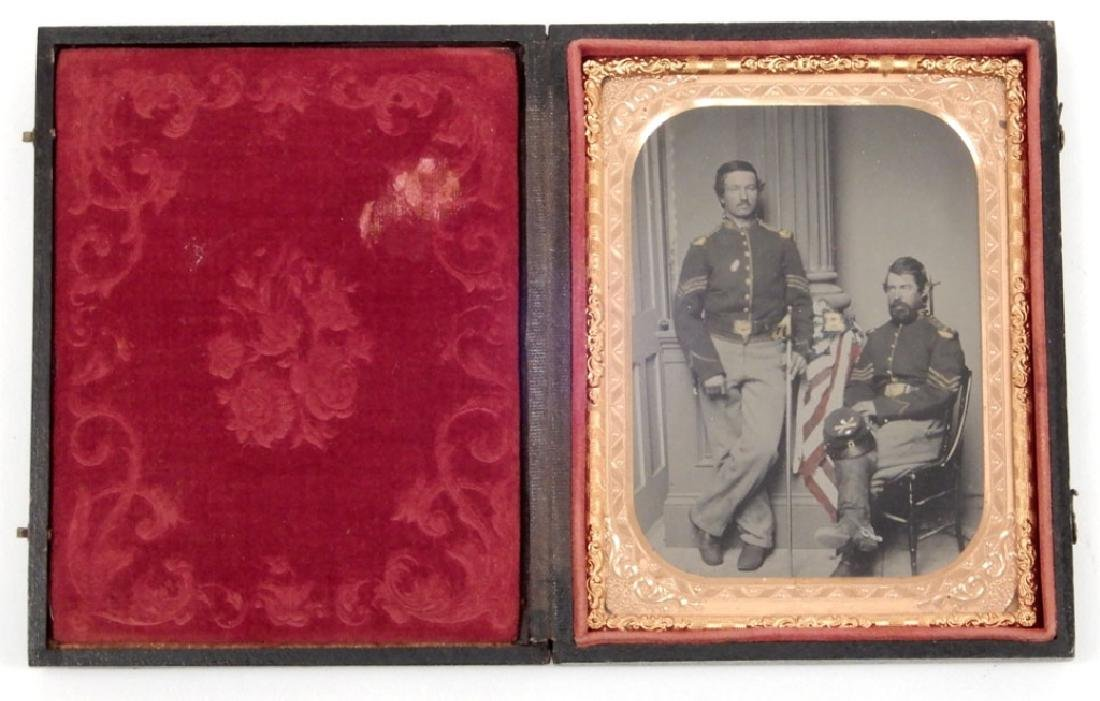 Civil War tintype of two soldiers
