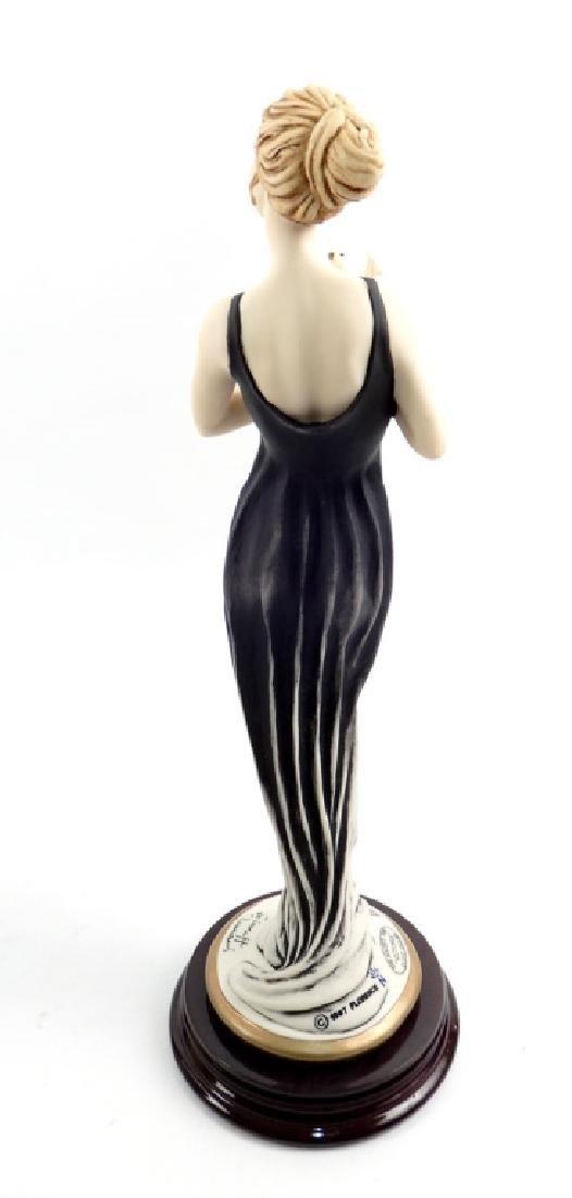 Giuseppe Armani Victoria figurine No. 525C in original - 3