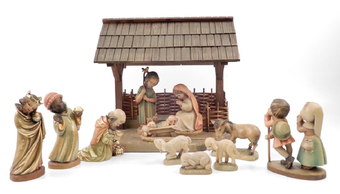 Anri wood carved Nativity Set with Stable