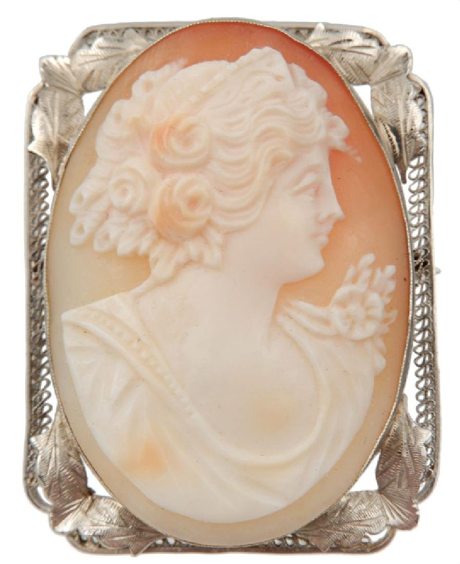 Edwardian 14k white gold filigree cameo brooch