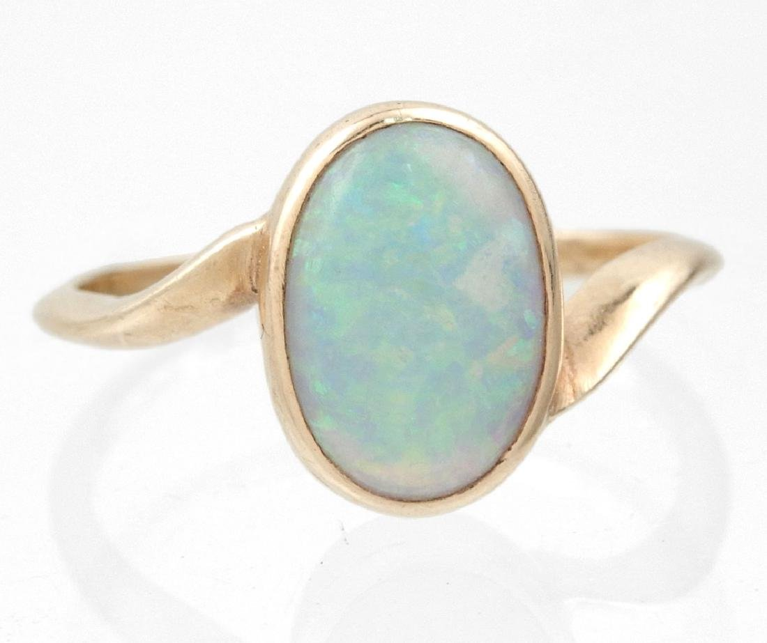 Mid 20th century 14k gold opal ring