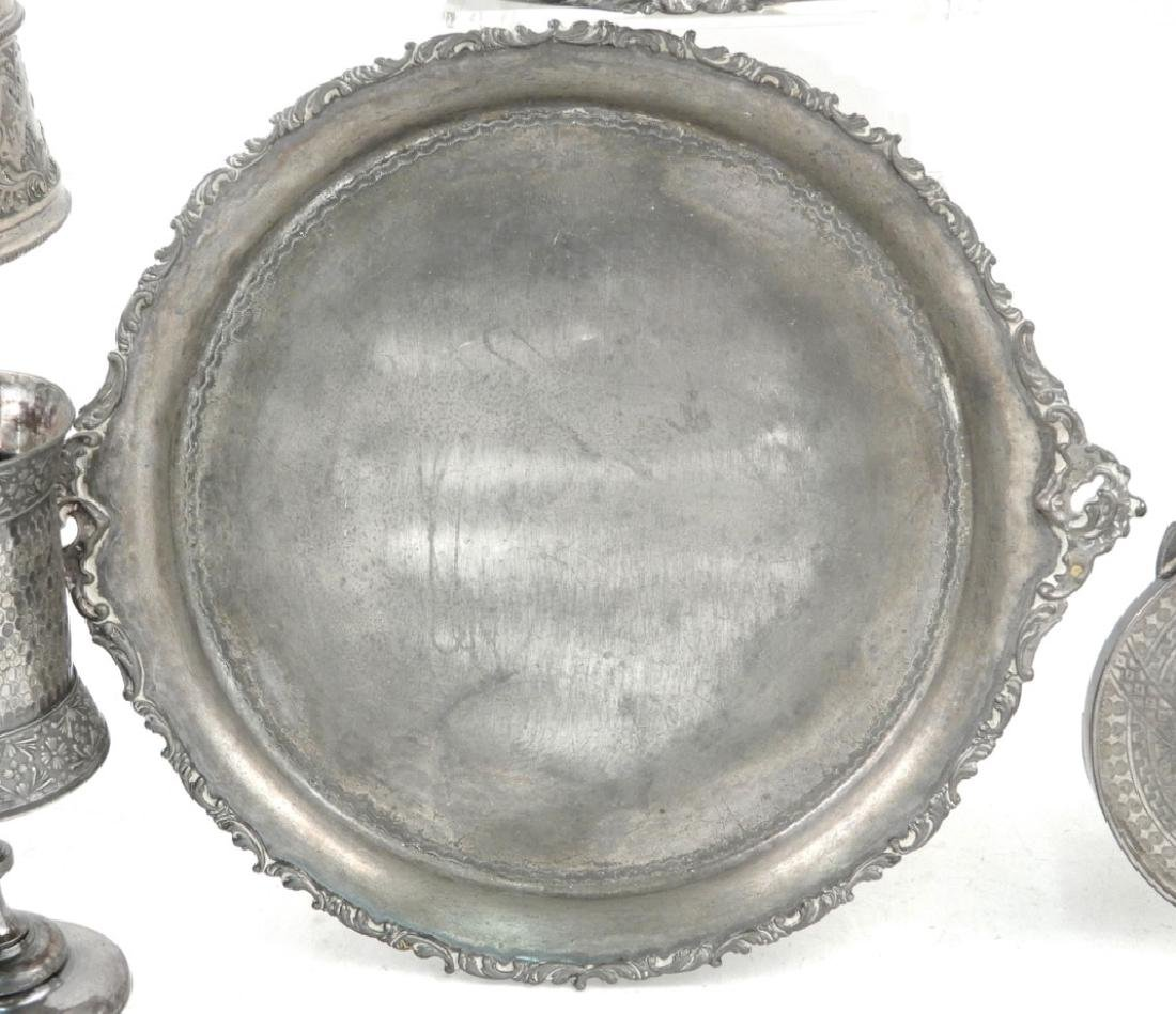 Grouping of Victorian silver plated pieces - 3