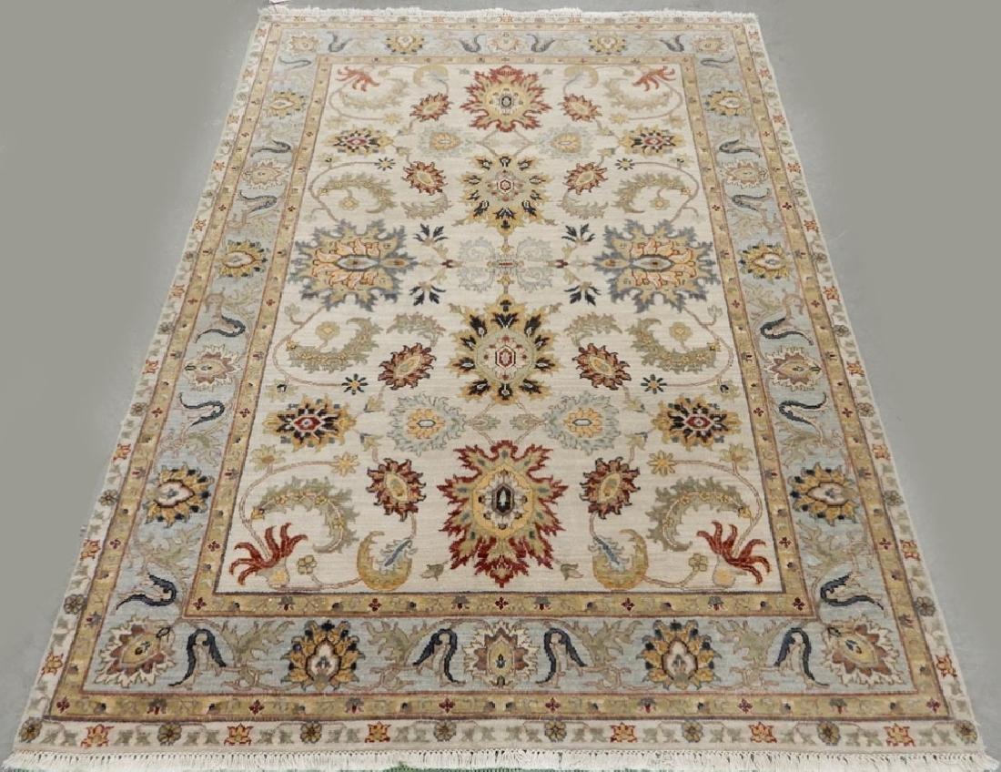 Hand tied Persian Tabriz rug