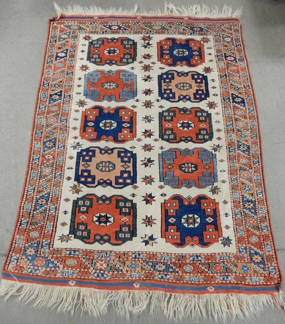 Hand tied Turkish rug