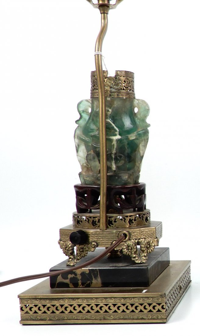 Vintage Chinese carved green quartz lamp - 2