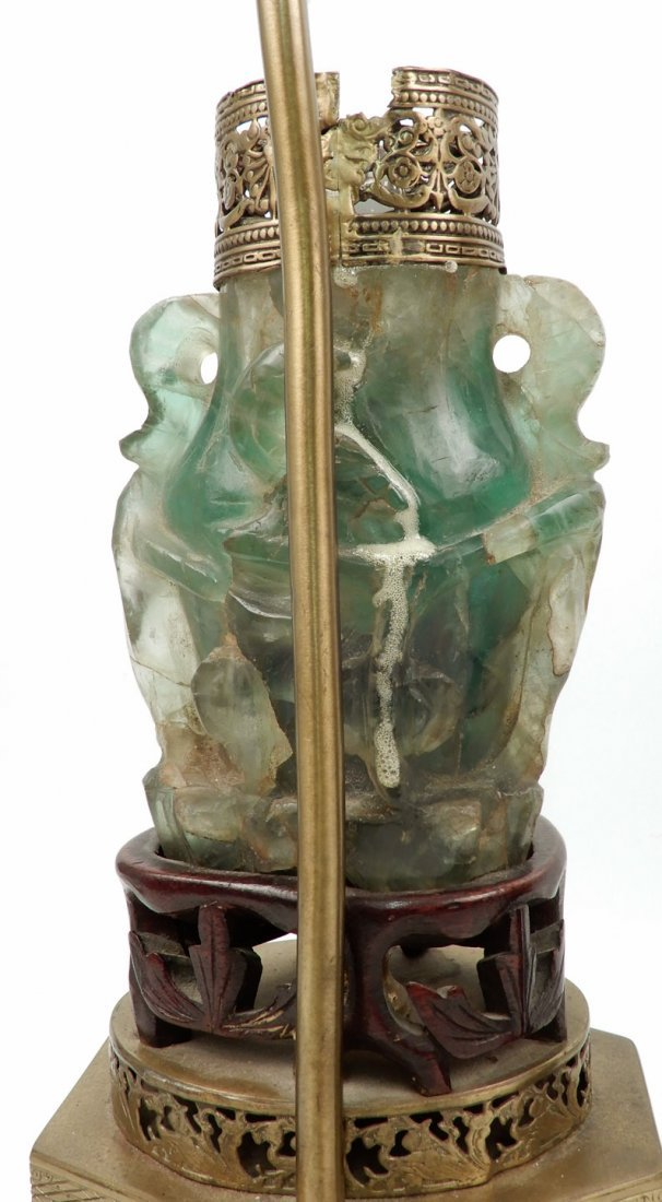 Vintage Chinese carved green quartz lamp - 3