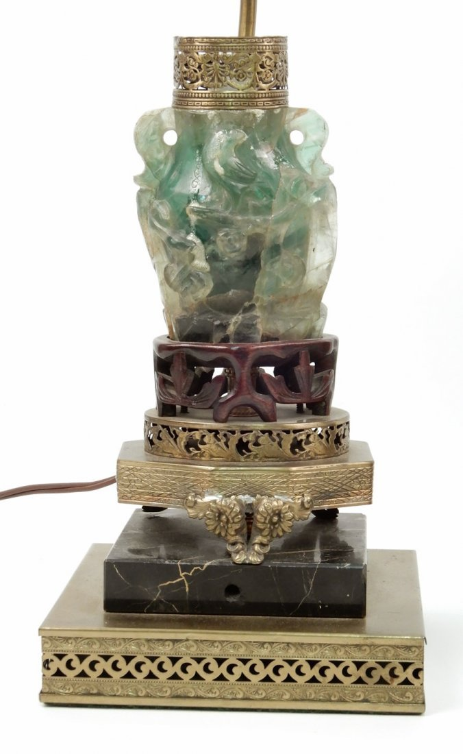 Vintage Chinese carved green quartz lamp - 4