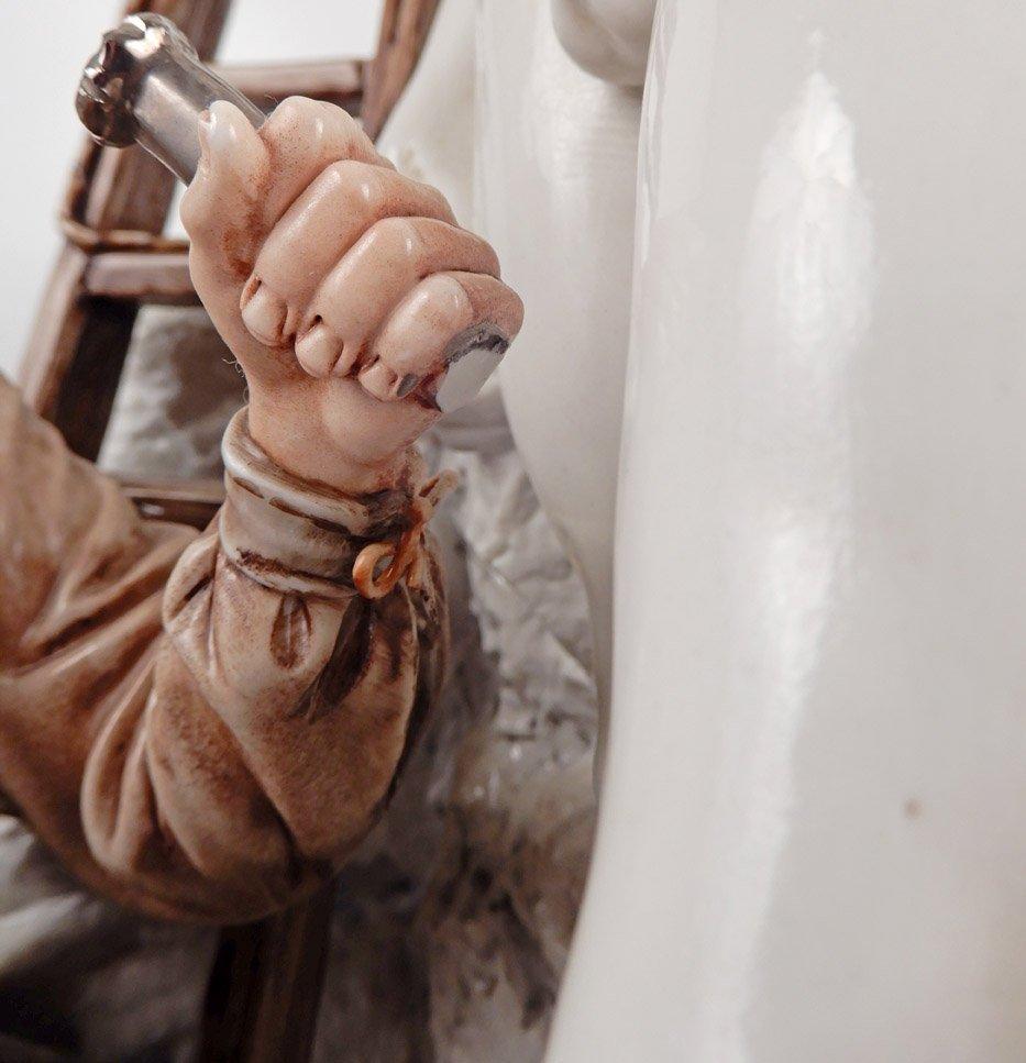 Capodimonte porcelain figure of Michelangelo sculpting - 9