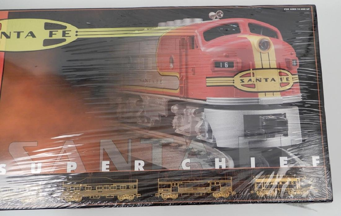 Rail King Santa Fe Super Chief Set in original box - 3