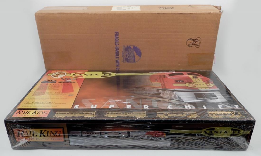 Rail King Santa Fe Super Chief Set in original box - 7