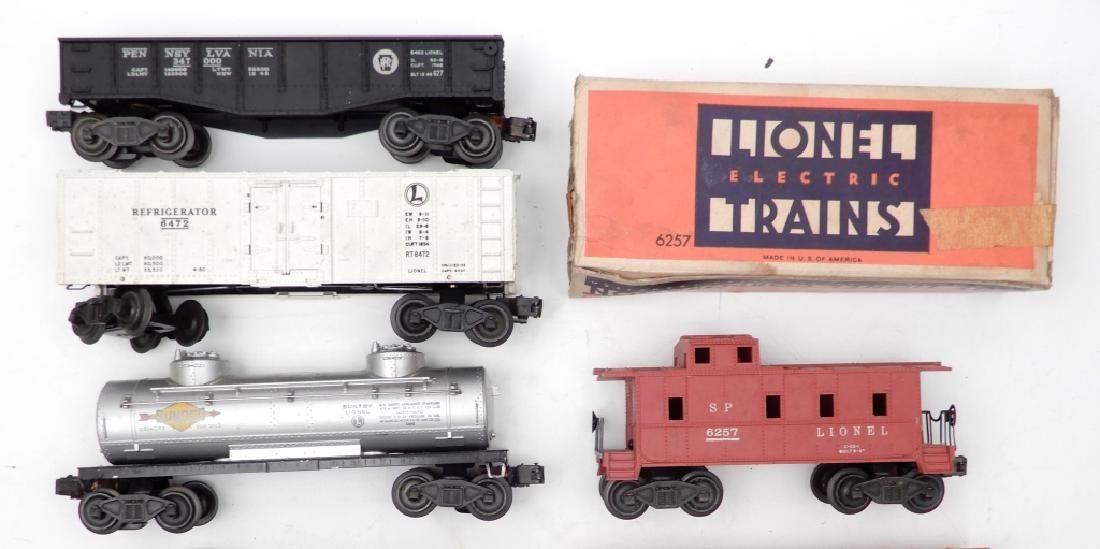 Lionel O27 gauge locomotives and freight cars - 3