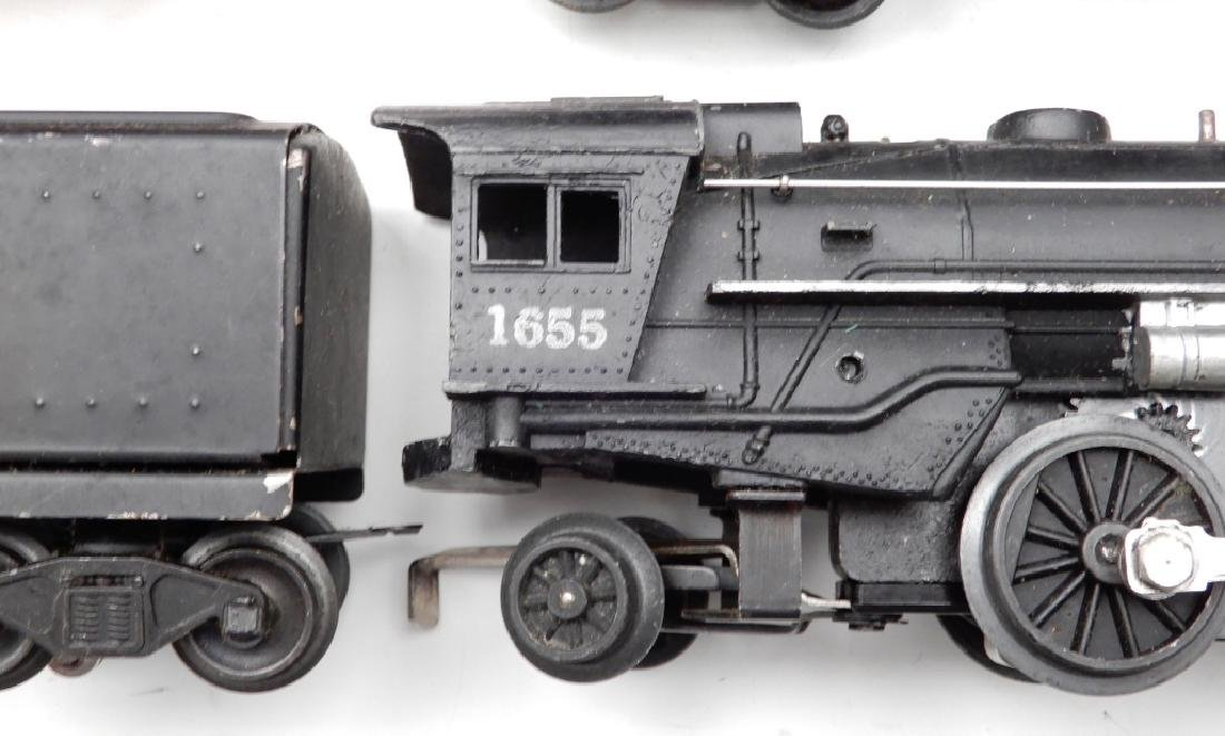 Lionel O27 gauge locomotives and freight cars - 4