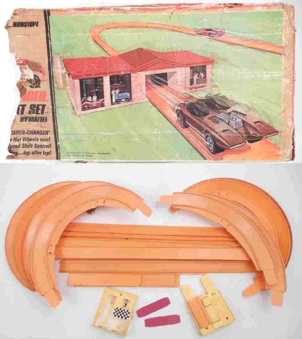 Hot Wheels Super Charger Sprint Set by Mattel