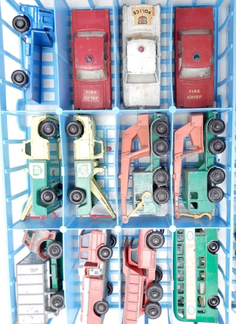 Matchbox Lesney Collector's Case with cars - 4