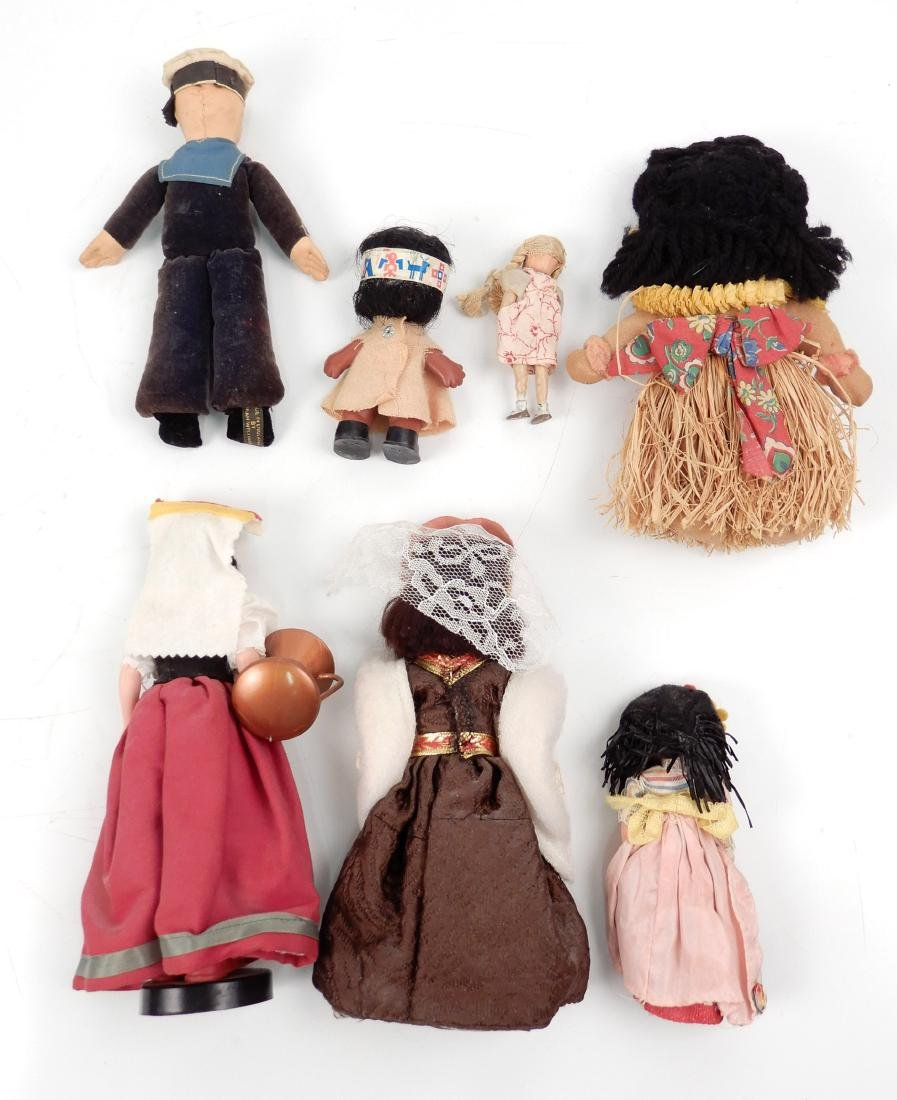 Grouping of vintage dolls - 2