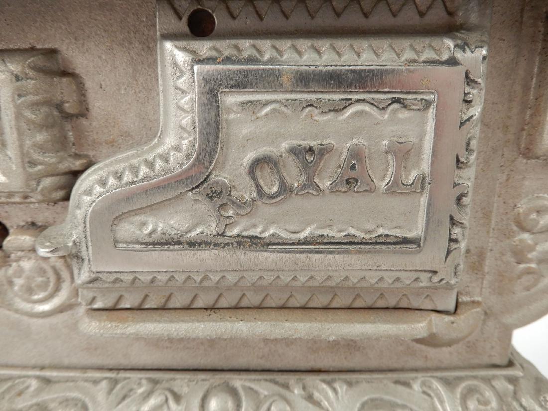 Kenton Brand Royal cast iron stove - 3