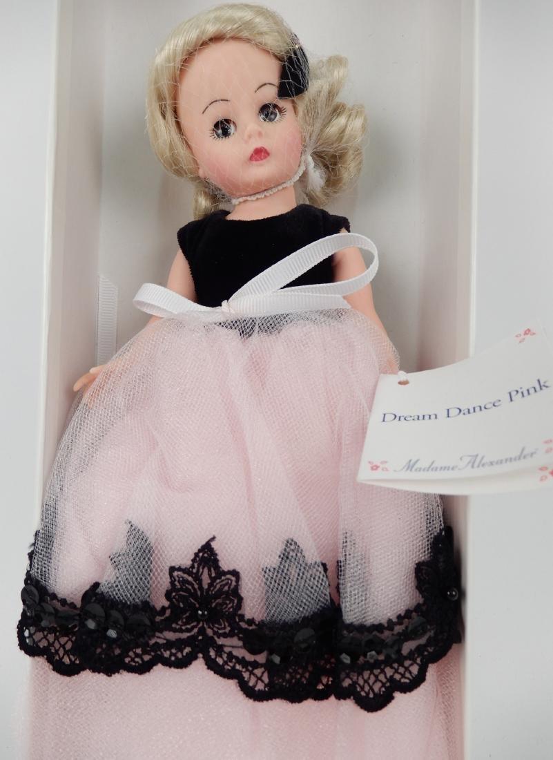 Madame Alexander Dolls An American Legend - 3