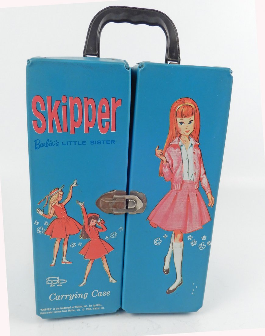Skipper doll with clothes and accessories in carry case - 5