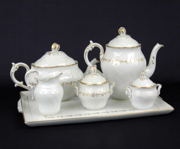 4: Six piece Richard Ginori porcelain breakfast set inc