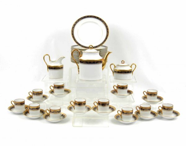 13: Richard Ginori Italy dessert set, gilt and cobalt b