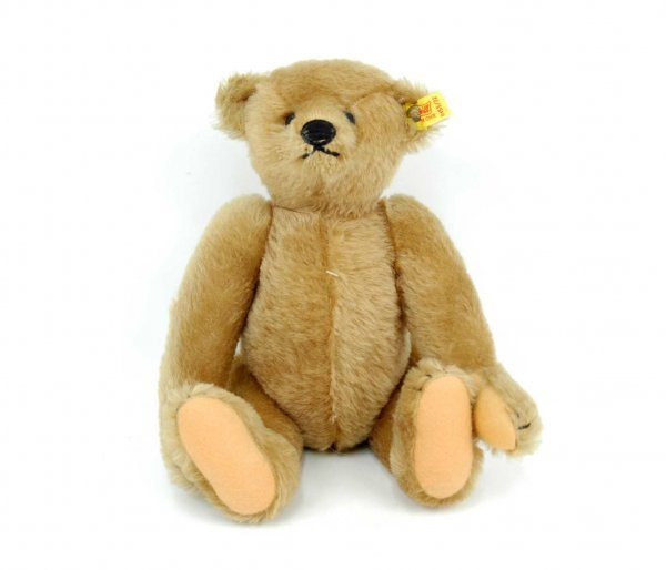 "615: Steiff jointed bear,12"", gold ear button with clot"