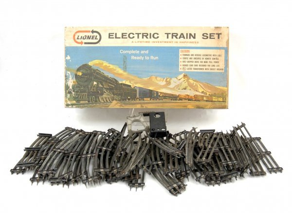 4: Lionel No. 11520 six unit steam freight train set, e
