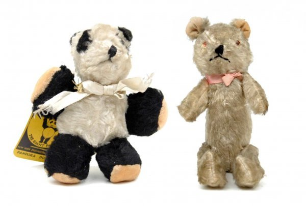 "20: Two small bears including 11"" jointed bear with wor"