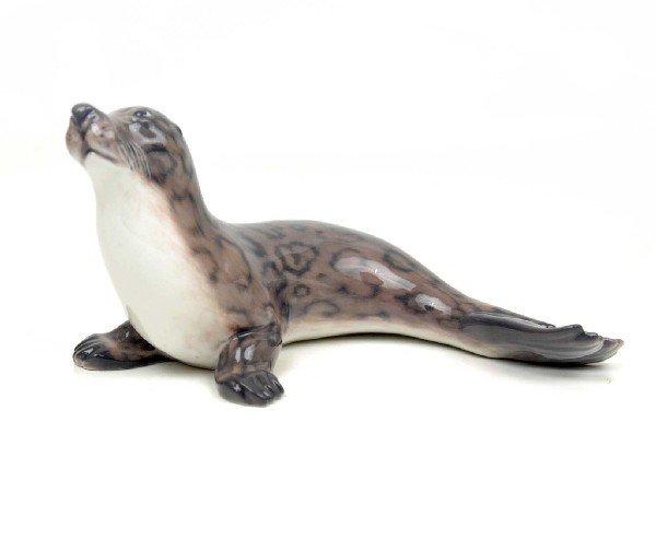 """4: Dahl Jensen Copenhagen figurine """"Seal"""", 1381, marked"""