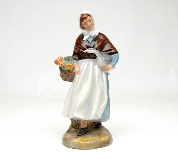 "23: Royal Doulton figurine ""Country Lass"", H.N. 1991, m"