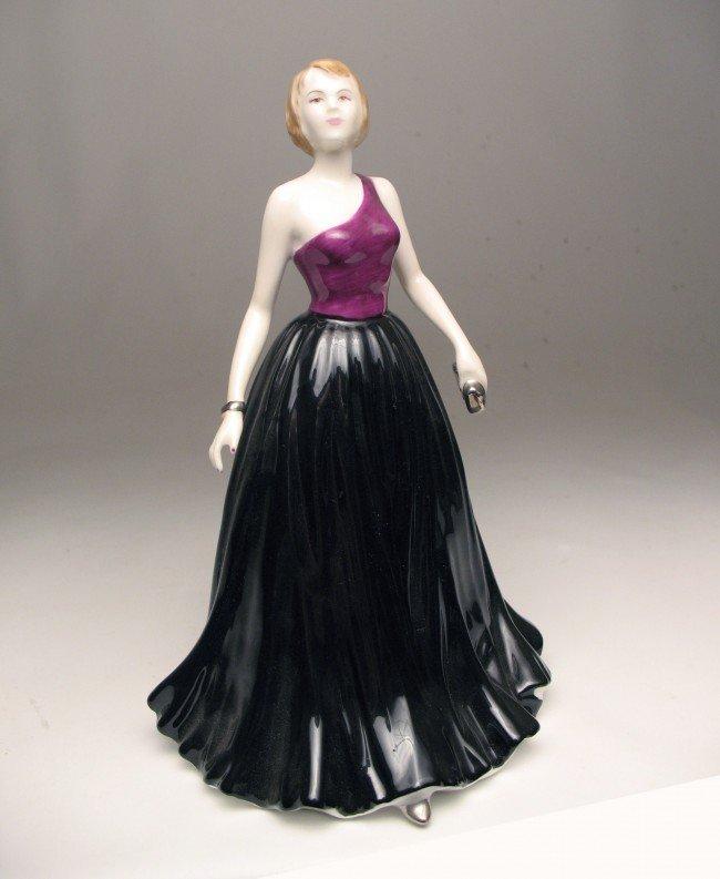 "6: Royal Doulton figurine ""Caitlyn"" H.N. 4666, marked o"