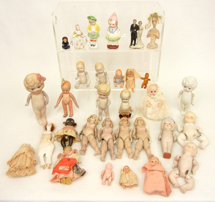 6: Large grouping of thirty-one miniature dolls, includ