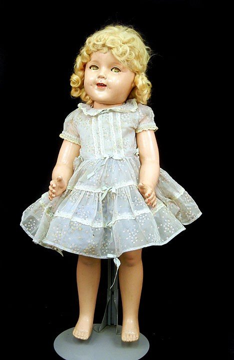 "8: Ideal composition Shirley Temple 25"" doll, green sle"
