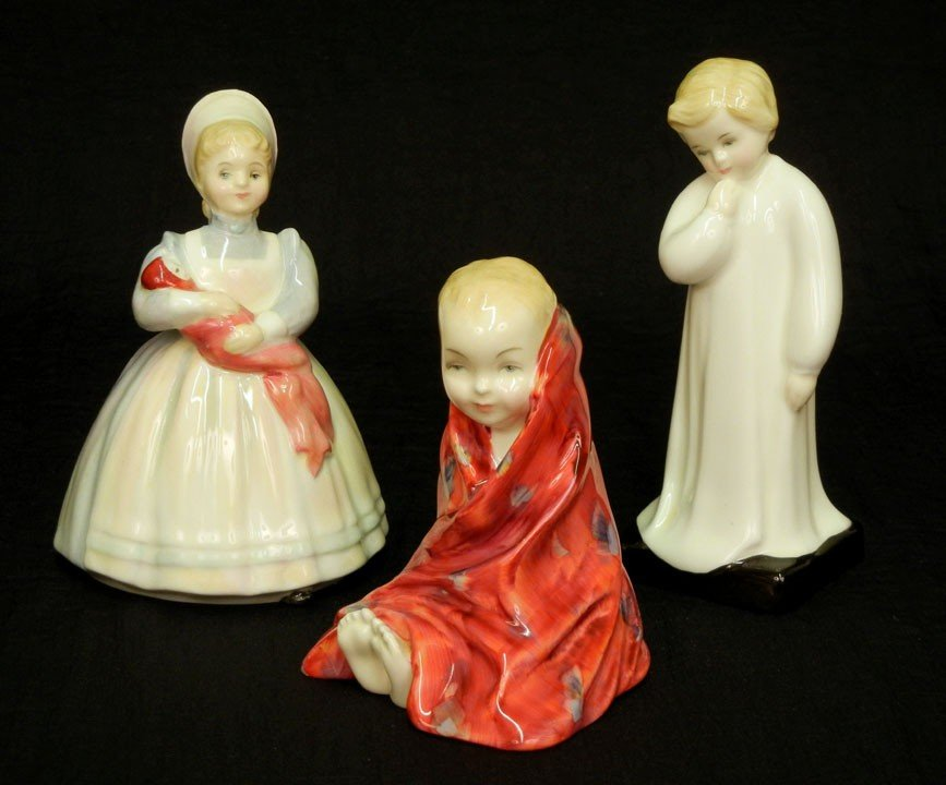 """19: Three Royal Doulton figurines """"This Little Pig"""" HN"""