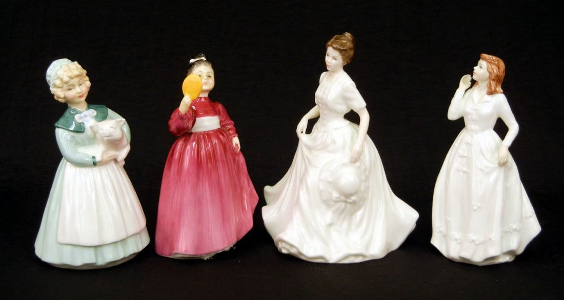 "39: Four Royal Doulton figurines ""Vanity"" HN 2475, 5"","