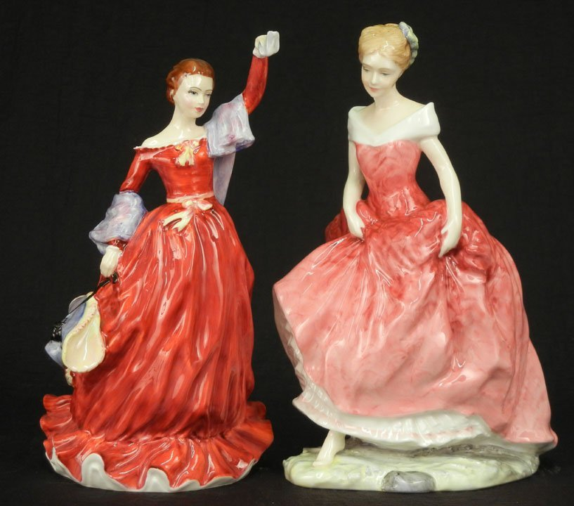 "43: Two Royal Doulton figurines ""Fond Farewell"" HN 3815"